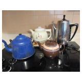Teapots & Trivet