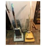 (2) Vacuums, Vacuum Hoses, Hose Ends,  Etc.