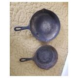 """Cast iron Skillets (Small 7"""" #5, Lrg 10""""), Wagner"""