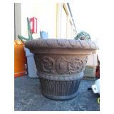Plant holder/pot