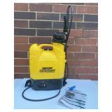 Hudson Never Pump Battery Operated Sprayer