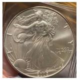 US Coins 2005 Uncirculated Silver Eagle