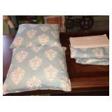 (2) Pillows & Curtains Set
