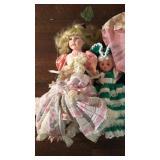 (4) Dolls