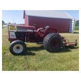 International 504 utility tractor.