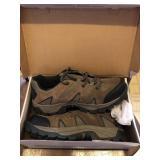 Gander Mountain Size 11 Shoe