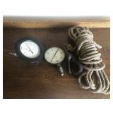 2 Gauges and Rope