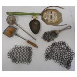Pie Lifter/Scoop/ Pot Scrubbers and Others (7)