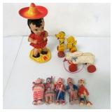 Toy Lot Wind-Up Girl  / Pull Toys / Others