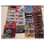 25+ Johnny Lightning Monopoly, Corvette other