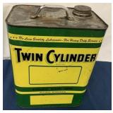 Twin Cylinder OIL 2 Gallon Can