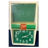 7UP advertising Plastic Clock