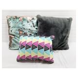 3 Decorative Throw Pillows Used
