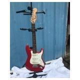 Red Fender Squier - Serial 040839166