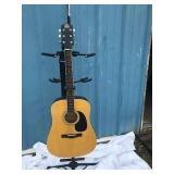 Rogue Natural Wood Color Acoustic Guitar