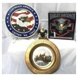 Lot of patriotic items, including clock, wall
