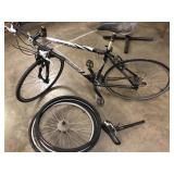 Fuji Sunfire 3.0 Bike with original seat and
