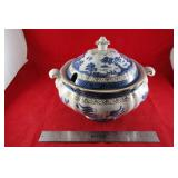 "Real Old Willow Tureen W- 12"" x 9"" h"