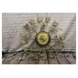 Vintage United  leaf clock