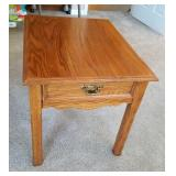 """OAK SIDE TABLE WITH DOVETAIL DRAWER 22""""Hx20""""Wx26""""D"""