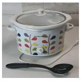Hamilton Beach Crock Pot w Plastic Spoon