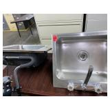 Lot of 2 Sinks