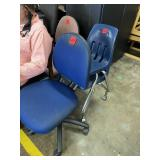 Lot of 4 Chairs & TV