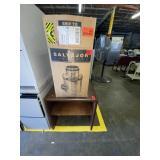 garbage disposal, table lot