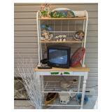 Decorative Items, Vase, Boat, Wall Decor Etc.