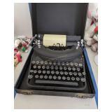 Remington Deluxe Noiseless Typewriter