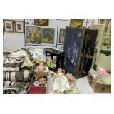 Barbie Doll Case, Barbies, Comforter Set, Foot