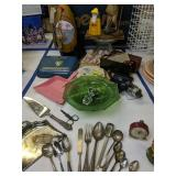 Figurines, Bisque Dolls, Happy Time Housekeeper,