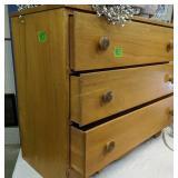 3-drawer Dresser 16x30x 34-in