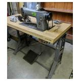 Commercial Singer Sewing Machine 281-1 With
