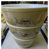 Set Of Three Pyrex Nesting Bowls Mushroom Pattern
