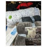 Shabby Chic Comforter, Throw Blankets, Sleeping