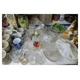 Williamsburg Pottery Cups, Decorative Vases,