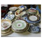 Collector Plates, Calendar Plates, Syrup, Blue