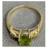 14k Gold Peridot Ring 2.3 Dwt