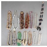 14pc Vintage Ladies Necklaces Lot