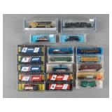 19pc N Scale Train Engines & Rolling Stock in Box