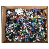 Mixed Minifig & Acc Lot w/ Mostly Lego