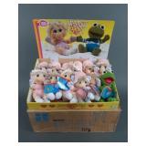 Vtg Hasbro Muppet Babies Plush Display FULL CASE