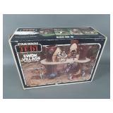 Vtg Star Wars ROTJ Ewok Village in Box