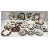 Decorative Plates W/ Hangers