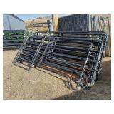 5 Bar Corral Panels X9 And Corral Gate X1