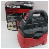 CRAFTSMAN 2-Gal Wet Dry Vac w/ Attachments