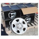 (4) Toyota Tundra  Wheels w/Lug Nuts