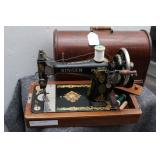 Antique Singer Manufacturing Co. Sewing Machine...