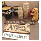 Vase & Puppy Figurine, Wall Plaques